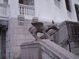 Химера в Ливадийском дворце (Крым)