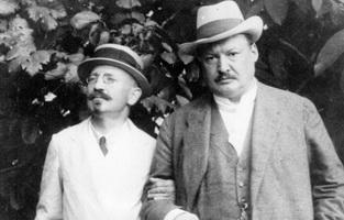 А.А. Спендиаров (слева) и А.К. Глазунов